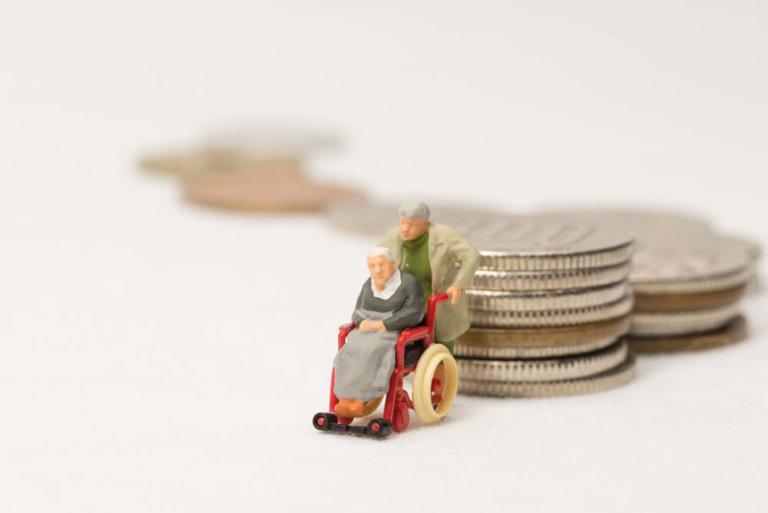 失能老人機構補助,以長照2.0為例