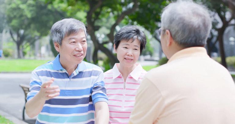 老人溝通策略:喜歡沉浸在回憶的長輩